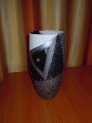 Продаю красивую вазу.